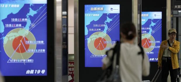 El tifón Hagibis causa estragos en Japón