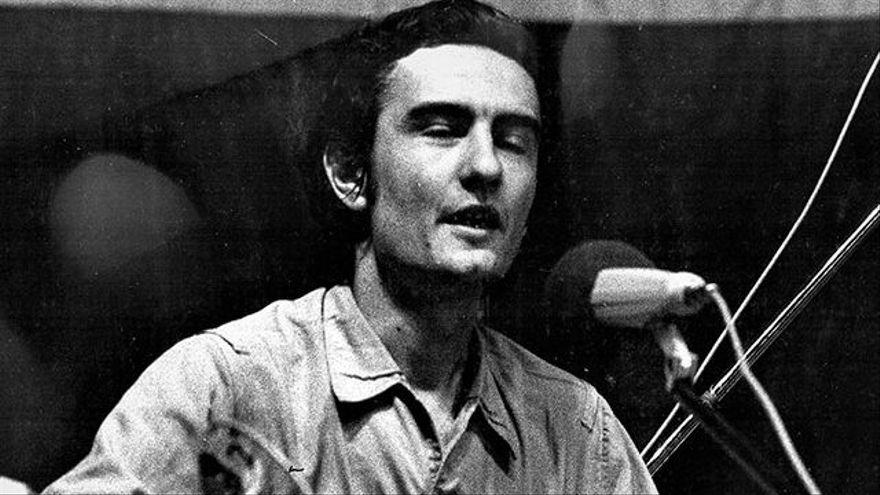 Los silencios nacidos del miedo, un cantautor antifranquista y un nazi