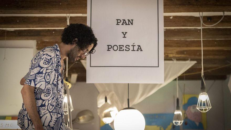 Un poema colectivo, multilingüe e infinito: la campaña de