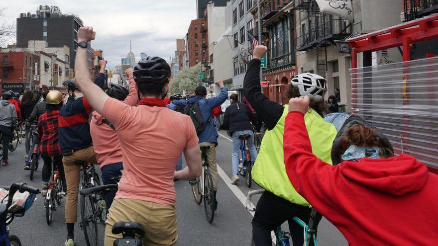 Nueva York protesta contra el racismo y el abuso policial: