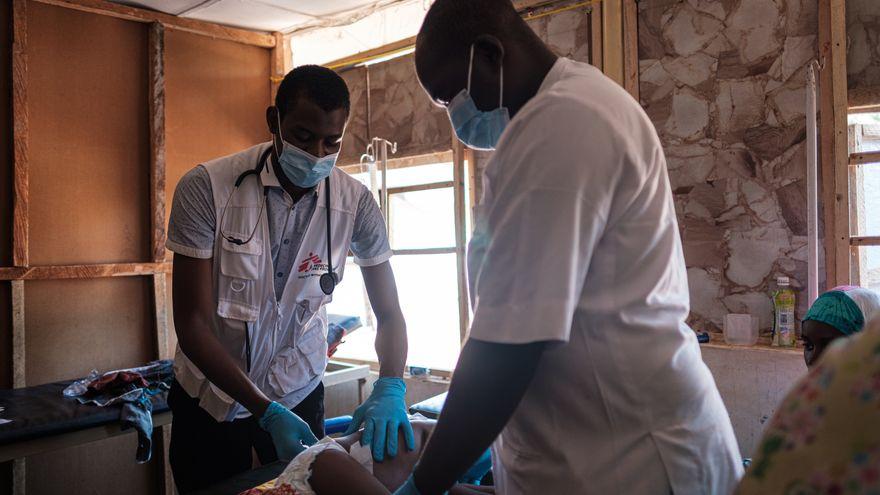 Soy médico en Nigeria, y sin vacunas no podemos detener esta pandemia
