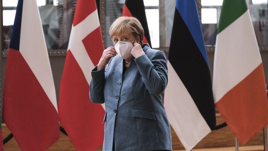 Turbios negocios con mascarillas en la CDU de Merkel que hunden a los conservadores alemanes