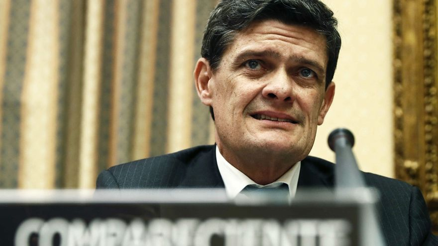 Echegoyen dimite como presidente del
