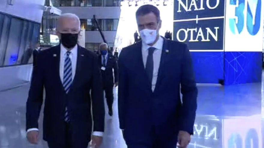 El encuentro entre Sánchez y Biden en la OTAN se queda en un saludo de menos de un minuto