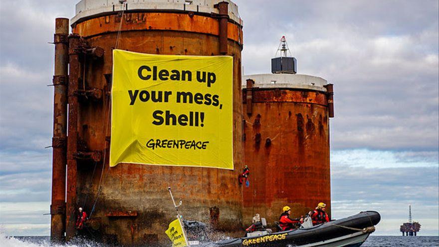 La gran banca internacional financió con 46.500 millones de euros a la petrolera Shell desde el acuerdo de París