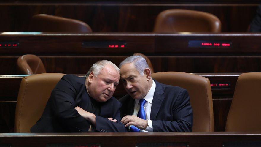 El Parlamento israelí ratifica el nuevo Gobierno de Benett y Lapid y echa a Netanyahu tras doce años en el poder