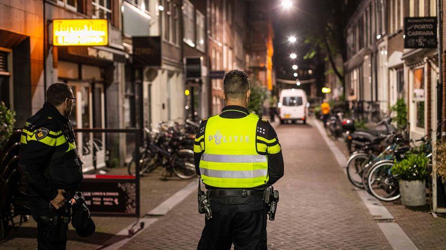 En estado grave un periodista que investiga el crimen organizado tras ser tiroteado en Ámsterdam