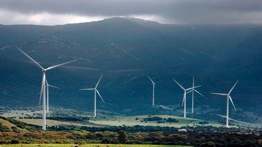 Bruselas investiga el laudo de renovables favorable a Antin que multaba con 101 millones a España