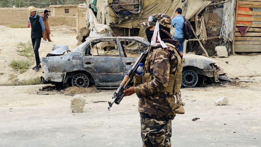 Francia y Reino Unido proponen ante la ONU crear una zona segura en el aeropuerto de Kabul para mantener las evacuaciones