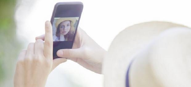 Usando móvil