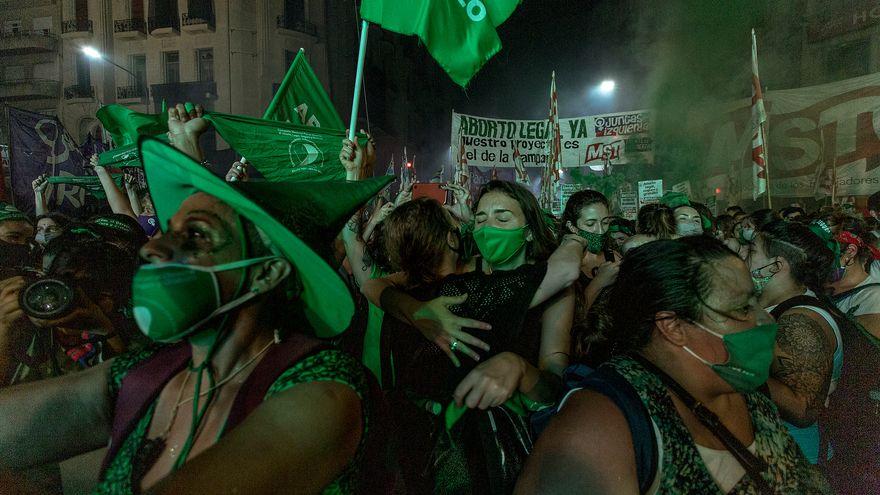 De la marea verde argentina a la deforestación de la Amazonía: dos años en imágenes premiados por POY Latam
