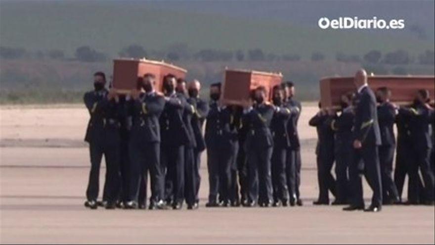VÍDEO | Llegan a España los cuerpos de los periodistas asesinados en Burkina Faso