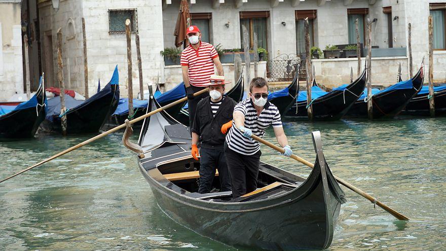Italia prohíbe mega cruceros en el corazón de Venecia, pero no es suficiente para salvarla del colapso