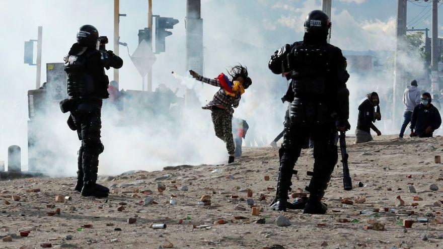 Los disturbios en la nueva jornada de protestas en Bogotá dejan decenas de heridos