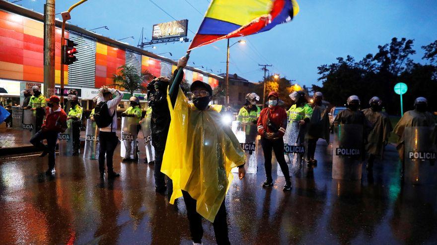 Qué está pasando en Colombia y por qué la fallida reforma fiscal provocó tantas protestas
