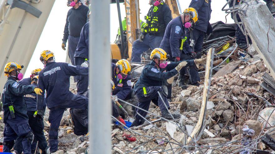 Se confirman 90 muertos por el derrumbe del edificio en Miami